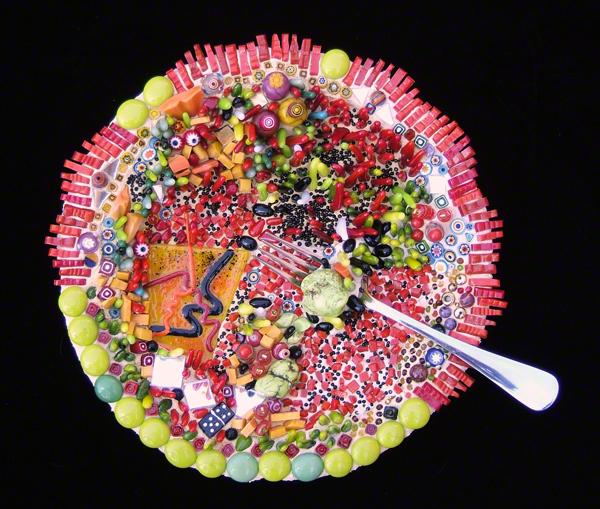 red and green fused glass mosaic plate by Austin Texas mosaic artist, Lynn Bridge